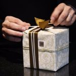 gift-402199_640